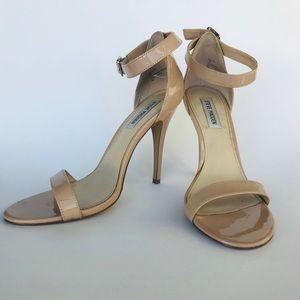 Nude Steve Madden Sandal. Size 10